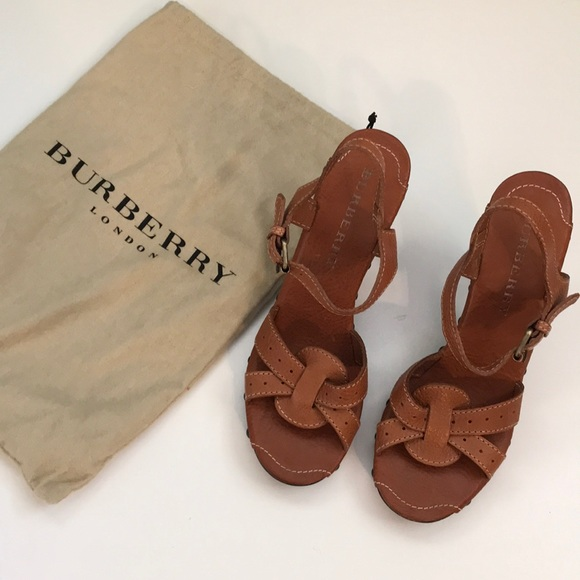 1944923f6469 Burberry Shoes - Burberry Leather heeled sandals